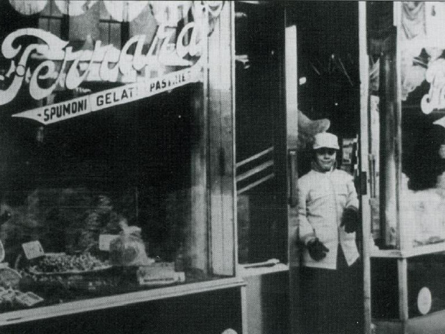 ANTHONY-STORE-FRONT